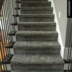 Stylish stair carpet ideas and inspiration. So you can choose the best carpet for stairs.Quality rug for stairs, stairway carpets type, etc. Carpet Decor, Diy Carpet, Carpet Ideas, Modern Carpet, Wall Carpet, Cheap Carpet, Carpet Types, Stairs In Living Room, Living Room Carpet