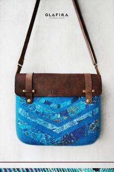 GLAFIRA / авторские сумки из шерсти | ВКонтакте Handmade Felt, Handmade Bags, Nuno Felt Scarf, Nuno Felting, Handmade Design, My Bags, Bag Making, Wool Felt, Messenger Bag