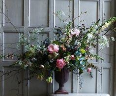 Flora Starkey for Little Flower School Vase Arrangements, Floral Centerpieces, Beautiful Flower Arrangements, Beautiful Flowers, Wedding Reception Flowers, Flower Fashion, Flower Designs, Decoration, Floral Design