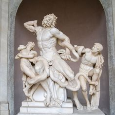 Here, we unearth the fascinating history of 'Laocoon and His Sons,' a Hellenistic sculpture discovered in Like all Hellenistic works, the Laocoön statue showcases an interest in the realistic and dramatic depiction of movement. Van Gogh Pinturas, Tableaux Vivants, Museum Tickets, Rome Antique, Hellenistic Period, Hellenistic Art, Roman Sculpture, Sistine Chapel, Beleza