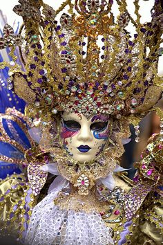 Amazing headdress from 2015 Venice Carnevale