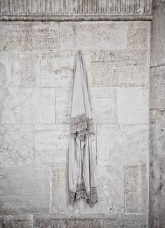 LW lace kimono in crescent moon   © Hannah Lemholt Photography