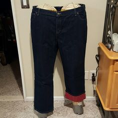 Dickies relaxed fit flannel lined jeans 100% cotton 5 pocket relaxed fit jeans. Genes are lined with red plaid flannel for a little extra warmth. Inseam is 31 inches and look great cuffed. Brand new with tags and never worn. Dickies Pants Boot Cut & Flare