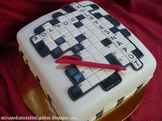 Utazások a torták világában: Keresztrejtvény és laptop... Laptop, Cake, Desserts, Food, Tailgate Desserts, Deserts, Kuchen, Essen, Postres