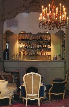 The bar at La Mirande, Avignon.