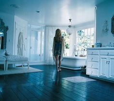 I will take Kate Hudson's bathroom thank you.