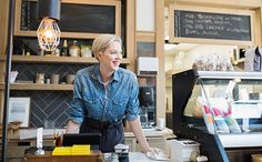 The Small Business Owner's Guide to Choosing the Right Ecommerce Platform Small Business Plan, Writing A Business Plan, Business Planning, Retail Pos System, Happy At Work, Retail Solutions, Interview Advice, Business Portrait, New Employee