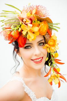A styled shoot full of harvest brights – rich shades of pumpkin, butternut, tangerine and honey that would be amazing for an autumn wedding, but could work just as well in any season for a couple who are ready to be bold with their colours. Bridal Hair Flowers, Flower Headpiece, Tropical Wedding Bouquets, Tropical Weddings, Creative Wedding Inspiration, South African Weddings, Floral Crown, Autumn Wedding, Wedding Colors