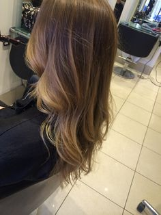 #balayage #ombre #brunette #blonde #warm #golden #soft #fashion #curly #wavey #long #hair