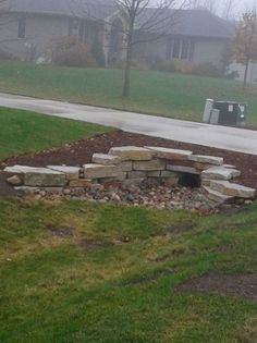 mailbox landscaping with culvert - Modern Driveway Culvert, Rock Driveway, Driveway Entrance Landscaping, Mailbox Landscaping, Landscaping With Rocks, Outdoor Landscaping, Outdoor Gardens, Driveways, Circle Driveway