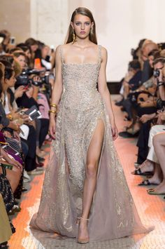 Elie Saab Haute Couture Fall/Winter 2018 - Infoimaxtree - 60
