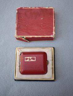 Degaz Red Enamel Pressed Powder Compact in Original Box | Etsy Compact, Vintage Items, Powder, Enamel, The Originals, Red, Face Powder, Enamels, Vitreous Enamel