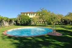 Villa La Chiusa Lucca Boasting a large Italian-style garden with a round swimming pool and BBQ facilities, Villa La Chiusa is a private villa 3.5 km from the historic walls of Lucca.  Rooms are air conditioned and feature free WiFi.