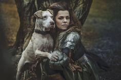 - Marta Jandová táhne do boje: V brnění kvůli psům! Daenerys Targaryen, Game Of Thrones Characters, Pet Lovers, Pets, Celebrities, Fictional Characters, Happy, Celebs, Happy Happy Happy