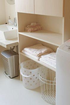 白い洗濯カゴが欲しい | おしゃれでシンプルな暮らし~ハニーサックル Room, Laundry In Bathroom, House, Interior, Home, Cleaning Organizing, Space Interiors, Bathroom, Storage