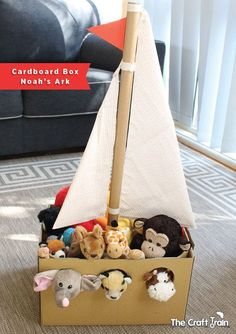 Cardboard Box Noah s Ark The Craft Train craftprojects Adorable Noah s Ark toy made from a simple cardboard box crafts - from The Craft Train Bible School Crafts, Sunday School Crafts, Bible Crafts, Noahs Ark Craft, Noahs Ark Theme, Cardboard Box Crafts, Cardboard Crafts, Cardboard Playhouse, Cardboard Furniture