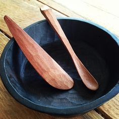 Simple wooden spoons and bowl