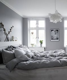9 Desirable Tips AND Tricks: Traditional Minimalist Home Coffee Tables minimalist bedroom purple bed frames.Minimalist Bedroom Inspiration Rugs cosy minimalist home rugs.Minimalist Bedroom Tips Side Tables. Grey Room, Gray Bedroom, Home Bedroom, Bedroom Decor, Bedroom Ideas, Design Bedroom, Modern Bedroom, Serene Bedroom, Trendy Bedroom