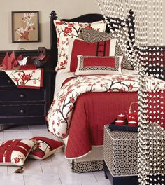 Thinking of this for my new bedding set? Jordster what do you think? (Sakura Collection from Eastern) Accents