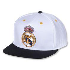 Real Madrid Crest Snapback Cap 8adb5b6f3e58
