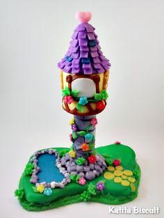 Torre da Rapunzel para topo de bolo ou enfeite de mesa R$80,00