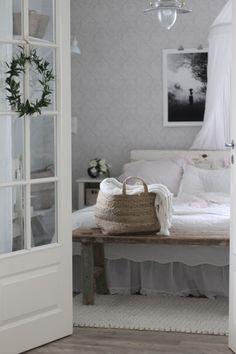 Bedroom Inspiration, Sweet Dreams, Countryside, Entryway, Interior Decorating, Farmhouse, Decor Ideas, Decorations, Interiors