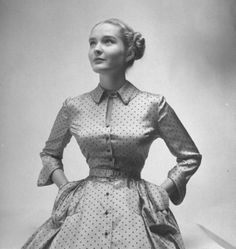 Dotted silk tie afternoon dress with rounded shoulders - October 1948