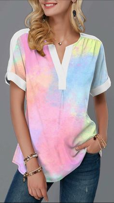 Give your wardrobe casual style tops from Rotita. Paired with jeans for a statement style that's all kinds of occasion. Get the look today. One of your favorites! Posh Dresses, Funny Dresses, Maxi Dresses, Trendy Tops For Women, Blouses For Women, 60 Fashion, Fashion Outfits, African Wear Dresses, Casual T Shirts