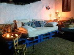I love this home made sofa!!