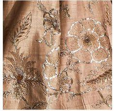 Embroidery Wedding Dress Haute Couture Fashion Details Ideas For 2019 Zardozi Embroidery, Kurti Embroidery Design, Embroidery Dress, Floral Embroidery, Wedding Embroidery, Embroidery Letters, Hand Work Embroidery, Hand Embroidery Designs, Machine Embroidery
