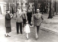 """""""Adolf Hitler mit Familie Goebbels"""""""