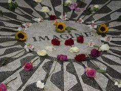 Imagine John Lennon, Strawberry Fields