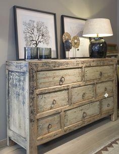 Shelf Furniture, Funky Furniture, Recycled Furniture, Furniture Styles, Painted Furniture, Furniture Design, Room Accessories, Interior Accessories, Small Condo Decorating