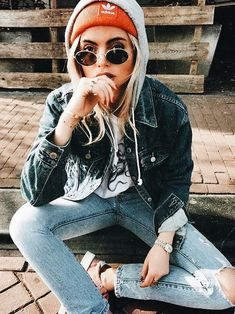 Yas. Street style on point  jeans, jean jacket and a sweatshirt - perfect combination.