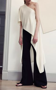 """The Designer: Los Angeles-based Getty is known for providing """"casual elegance with a West Coast sensibility"""". This Season It's All About: A colorful take on classic minimalism inspired by artists Ellsworth Kelly and Brice Marden. The Pieces to Buy: The Western-style tunic (chic over the collection's cropped flare trouser) and the high-waisted short in a denim-like tweed."""
