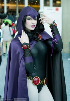 Character: Raven / From: DC Comics 'Teen Titans' / Cosplayer: Abby Normal Cosplay / Photography: Alvin Johnson