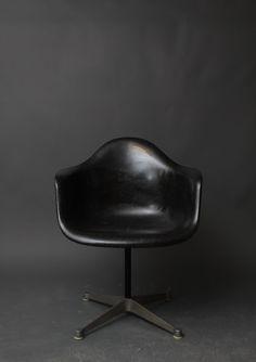 Vintage Herman Miller Eames Black Fiberglass Swivel Shell Chair