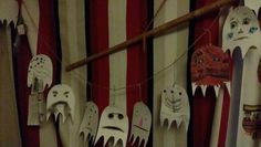 Halloween decorations to make with children of all ages. (At least from 3 to 32)
