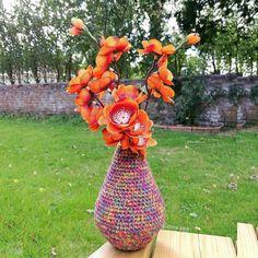 UK Crochet Pattern for Sculptured Crochet Teardrop by ElviraJaneQ Also available in US crochet terms © Elvira Jane