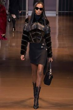 Versace Fall 2014 Ready-to-Wear Collection Slideshow on Style.com