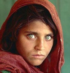 Afghan Girl - Pixdaus