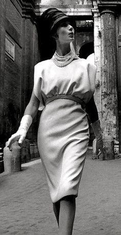 Fabiani dress photo William Klein 1960