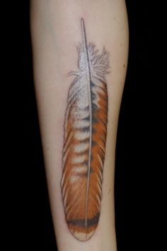 Red Tail Hawk feather tattoo Very cool, especially since it is illegal to have a real feather, unless you are NA or licensed! Body Art Tattoos, New Tattoos, Tribal Tattoos, Sleeve Tattoos, I Tattoo, Cool Tattoos, Tatoos, Pretty Tattoos, Beautiful Tattoos