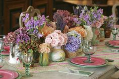 Ron Morgan Floral Designs, Photo from Celebration of Clematis by Kaye Heafey