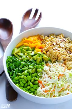 Crunchy Asian Ramen Noodle Salad -- made with fresher ingredients, and ready to go in 10 minutes! | gimmesomeoven.com