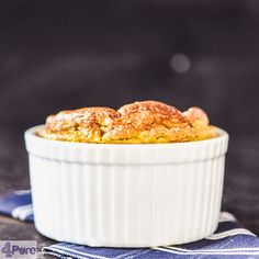 Jerusalem artichoke soufflé- English recipe - Jerusalem artichoke souffle maybe sounds difficult, but isn't when you follow this recipe. The Jerusalem artichoke tastes like a combination of cauliflower and potato. And when you make a soufflé of it, it become deliciously airy.