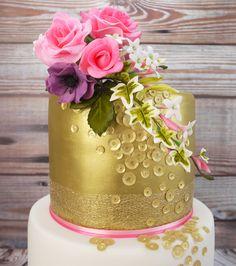 Latest news about cake decorating and cake decorating supplies Cake Decorating Frosting, Creative Cake Decorating, Cake Decorating Techniques, Cake Decorating Tutorials, Decorating Ideas, Decorating Supplies, Special Birthday Cakes, Gold Birthday Cake, Cake Craft Shop