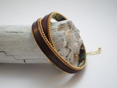 schmales Leder- Wickelarmband dunkelbraun von Viktoria Boldt Accessoires auf DaWanda.com