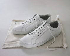 white sneakers by Erik Schedin, handmade in Italy!