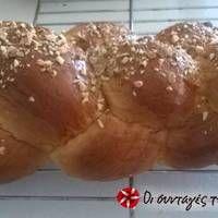 Τσουρέκι με κλωστές Pudding, Bread, Desserts, Food, Tailgate Desserts, Deserts, Puddings, Breads, Baking